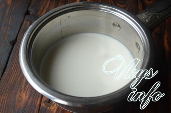 Žena striekať mlieko